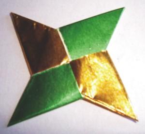 Como hacer un shuriken ninja con papel taringa - Origami de una estrella ...